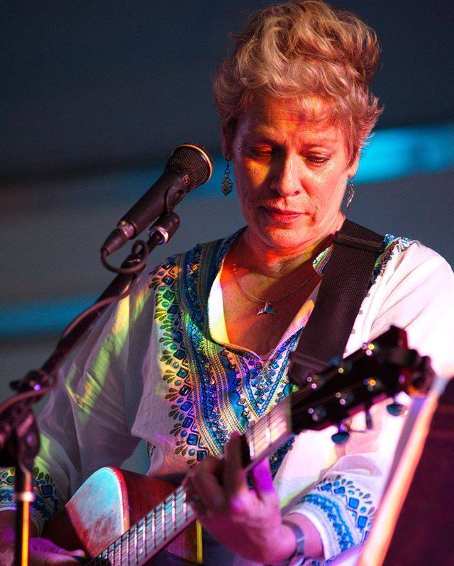 Wendy Barmore Live